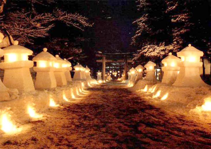 雪灯篭(夜)
